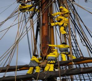 The Armada 2013: a major event along the River Seine